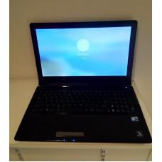 2e hands Asus UL50A laptop